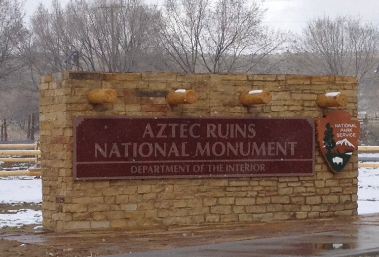 Photo of entrance sign